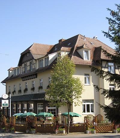 Parkhotel Forsthaus im Juni